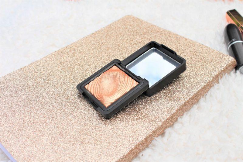 kiko water eyeshadow highlighter