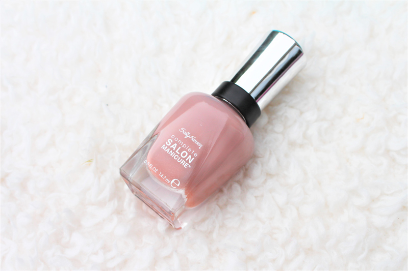 sally hansen mauve along nail polish